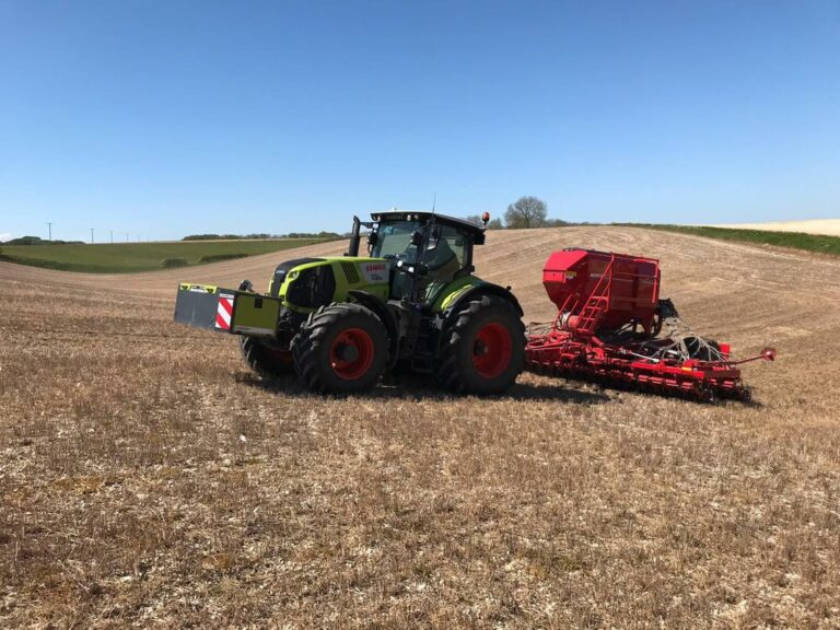 Avatar and CLAAS