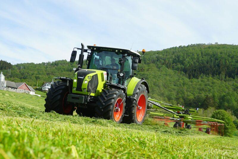 Økt markedsandel for CLAAS traktor